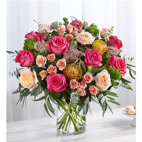 charming-flower-arrangement